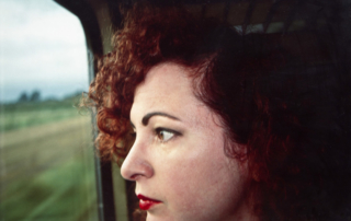 GOLDIN-Nan_Autoportrait dans le train , 1992, cybachrome